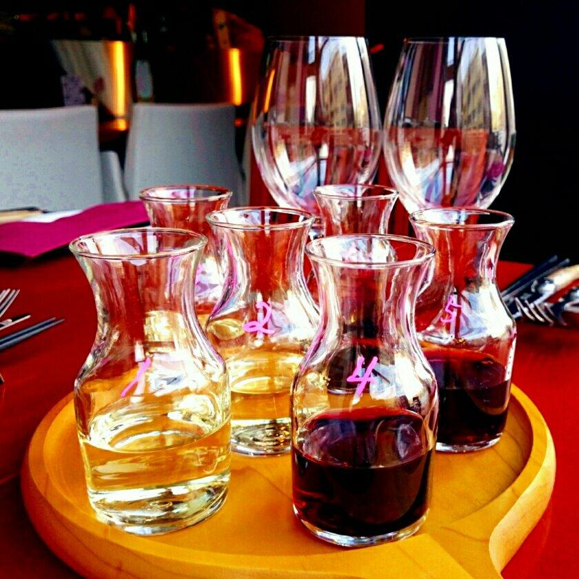 ワイン6種類を飲みくらべ!